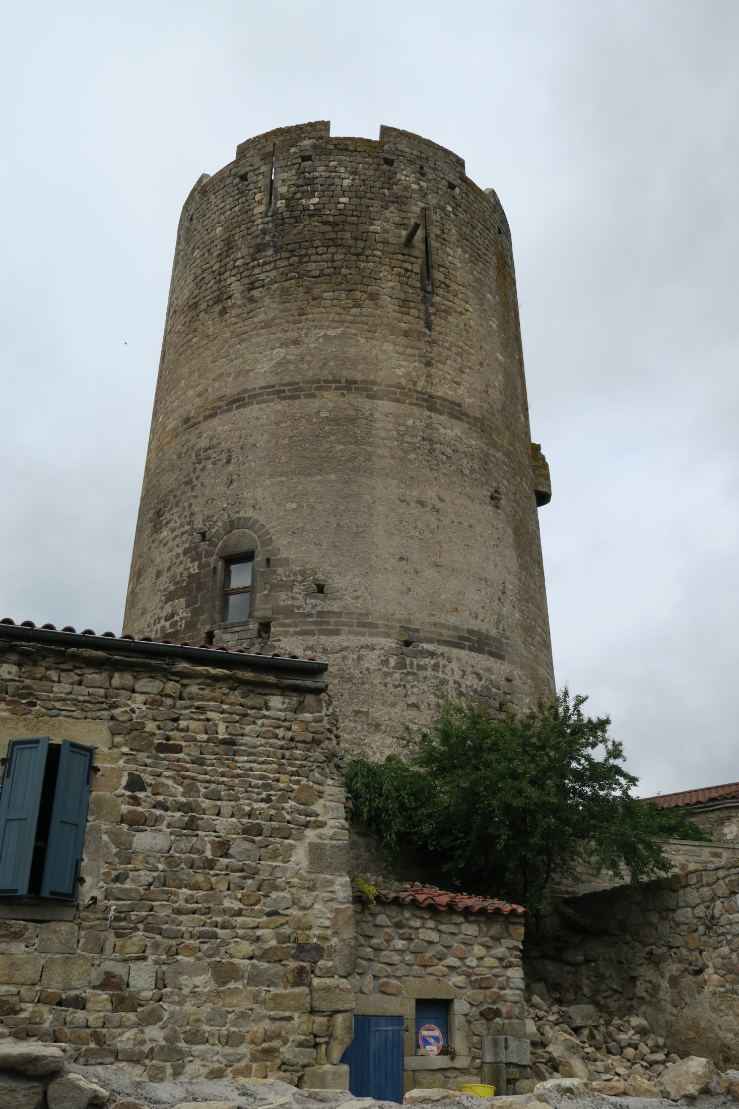 02a Donjon Montpeyroux