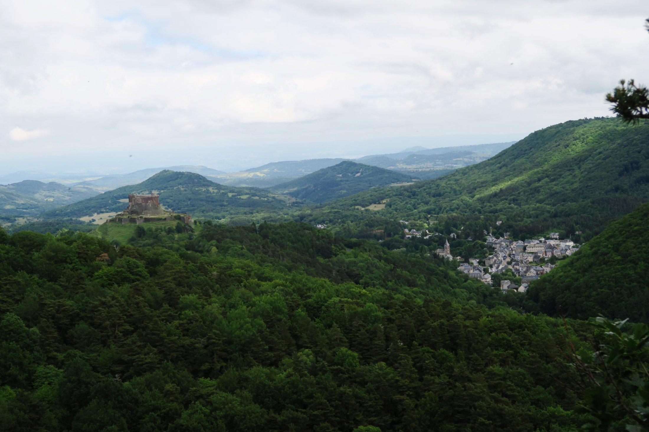 05 Murol Et Son Château