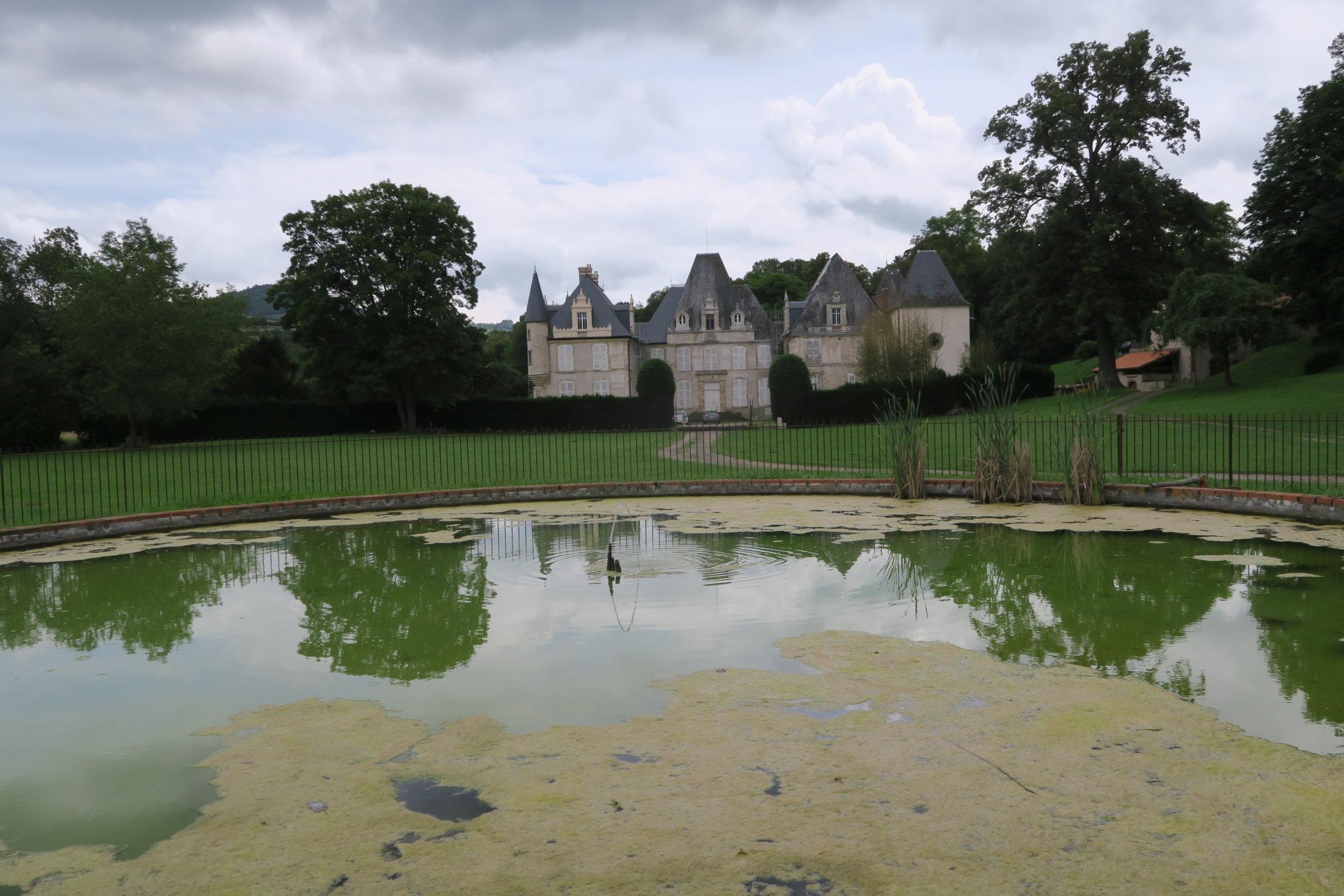 02b Chateau De Chadieu