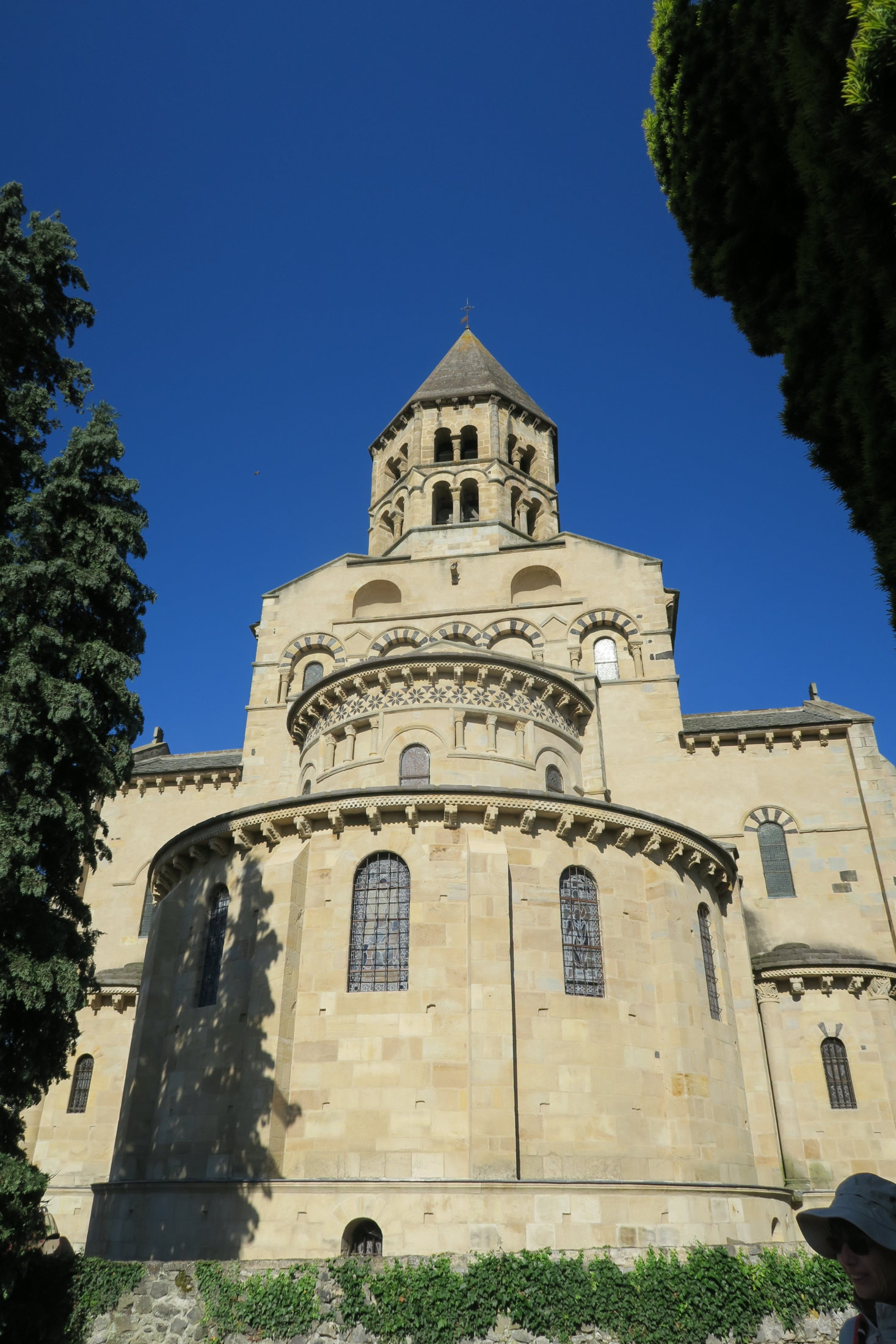 25 église St Saturnin