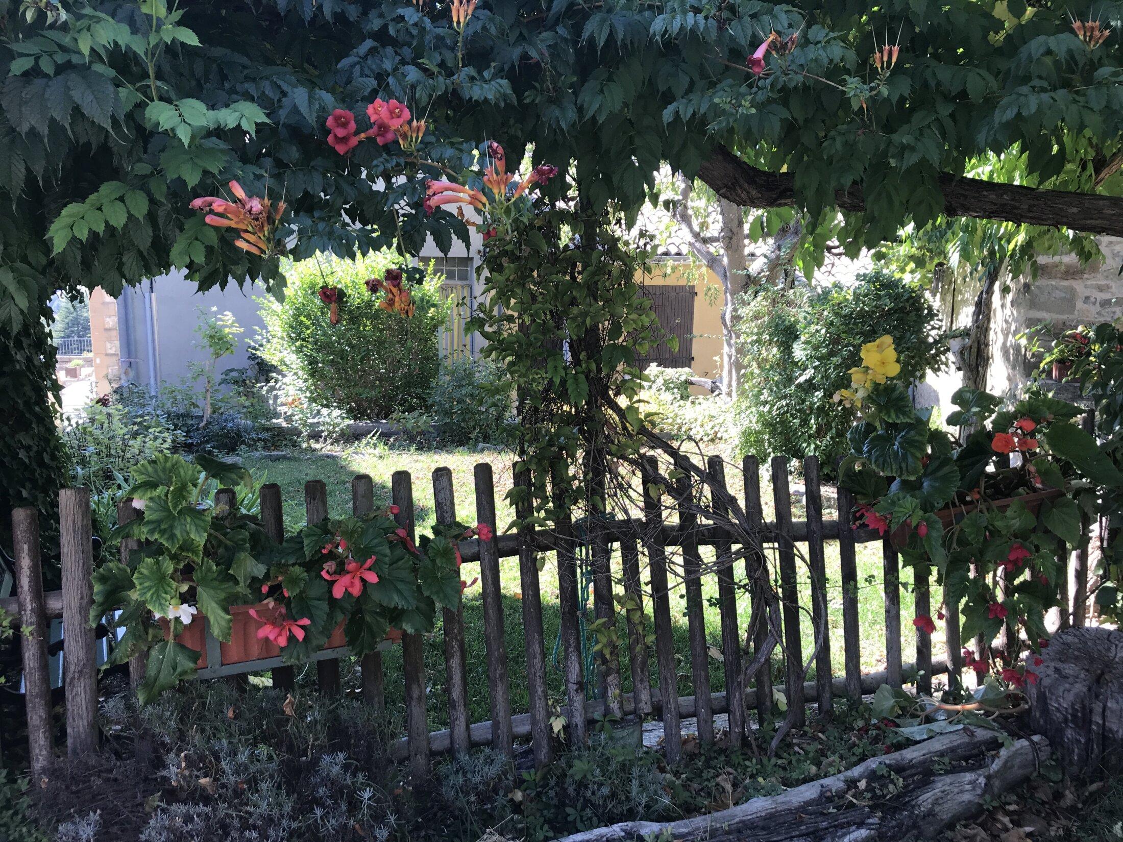 Petit jardin à Rosans