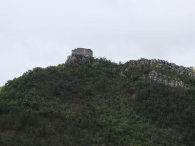 le Château de Cornillon nous surveille